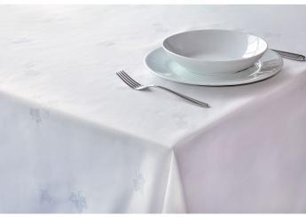 White Ivy Leaf Tablecloth